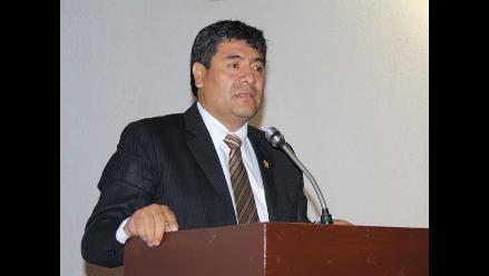 Comisión de Ética evalúa investigar a parlamentario Wilder Ruiz