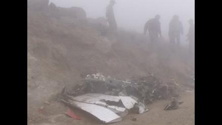 Recogen restos de la avioneta de la PNP para iniciar investigación
