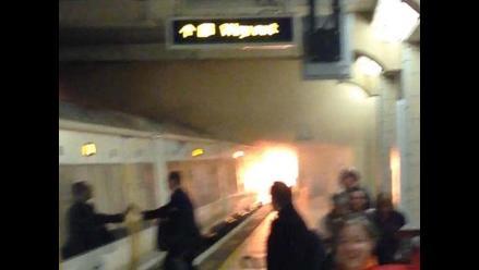 Londres: evacúan estación de metro por incendio en un tren