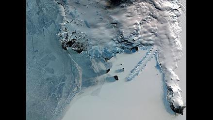 La capa de hielo antártica es más gruesa de lo que se pensaba