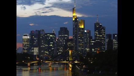 OCDE: Economía global mejorará gradualmente