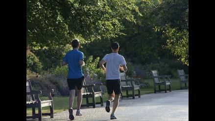 ¿Quieres verte más atractivo?: deja de ser sedentario y sal a correr