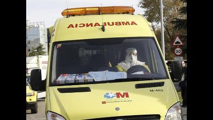 Reino Unido: Casi mil pasajeros han pasado controles contra el ébola