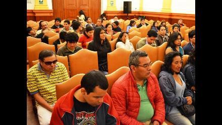 Arequipa: proyectan película para personas con discapacidad visual y auditiva