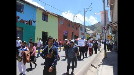 Apurímac: continúan protestas de trabajadores del sector Salud