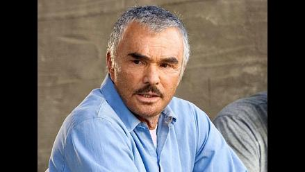 Burt Reynolds subasta su Globo de Oro para saldar deudas
