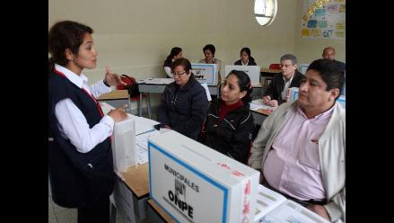 ONPE capacitará a más de 7 mil miembros de mesa en Áncash