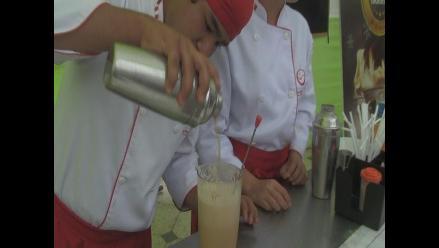 Celebran día del coctel de algarrobina en Lambayeque