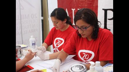 Virus VIH: más de mil pruebas se aplicarán este lunes en Plaza San Martín