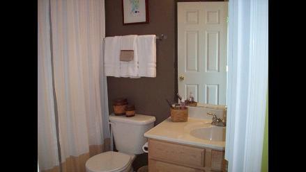 Siete partes de tu baño que están más contaminadas de lo que piensas