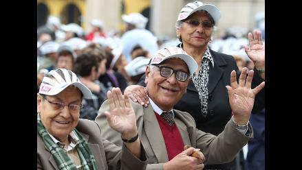 Pensionistas de la ONP recibirán pago de aguinaldo desde el jueves