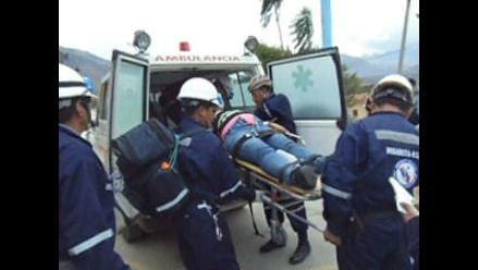 Áncash: un muerto y más de 20 heridos tras vuelco de bus en Huaylas