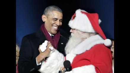 Los Obama inauguran oficialmente la navidad estadounidense