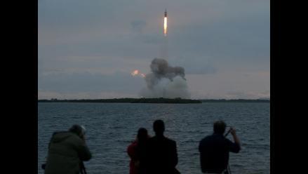 Capsula Orion amerizó en el Pacífico tras su primer viaje de prueba