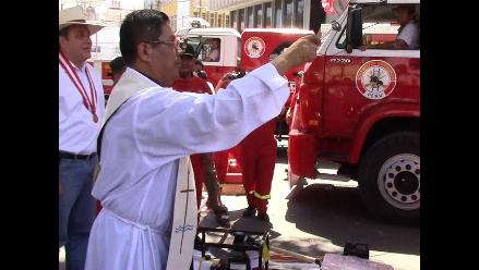 Piura: renuevan flota de unidades a favor de los bomberos