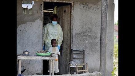 La transmisión de ébola sigue activa en zonas de Sierra Leona y Guinea