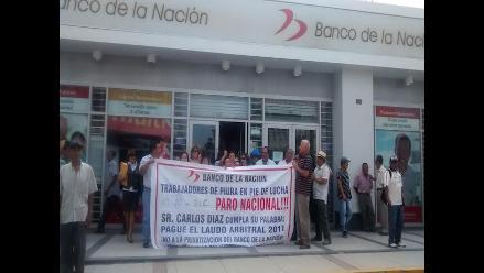 Piura: trabajadores del Banco de la Nación realizan paro de 48 horas