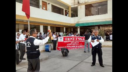 Chiclayo: trabajadores de Salud acatan paro exigiendo beneficios