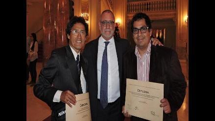 Periodistas lambayecanos reciben premio nacional