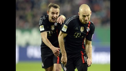 Bayern Munich goleó 4-0 al Augsburgo con ´doblete´ de Arjen Robben