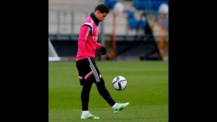 James Rodríguez trabaja sobre el césped; Cristiano Ronaldo se ausenta