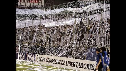 Prohíben a hincha paraguayo acusado de violencia ir al estadio por tres años