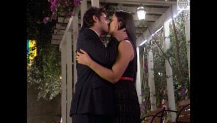 AFHS: ¡Grace y Nicolás se besan!