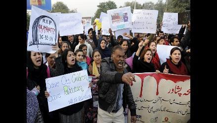 Pakistán pone fin a moratoria sobre la pena de muerte tras masacre