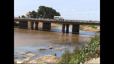 Trujillo: 2 mil pobladores en riesgo por vivir en riberas de río Moche