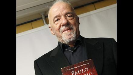 Paulo Coelho ofreció comprar