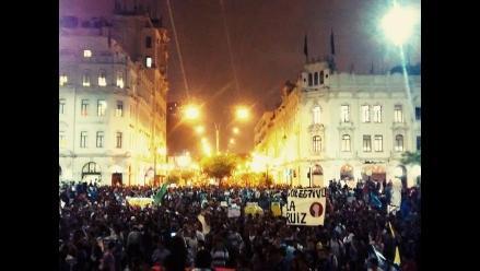 Ley Jóvenes: Manifestantes dejaron Plaza San Martín llena de basura
