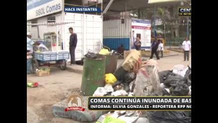 Comas en emergencia: basura contamina alrededores de hospital Sisol