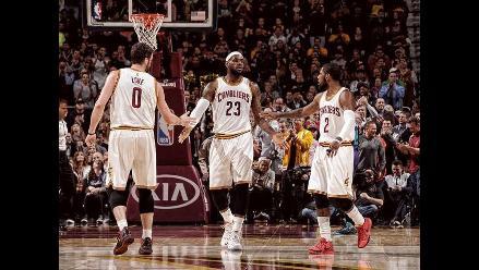 NBA: LeBron James y el espectacular triple en triunfo de Cleveland Cavaliers