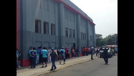 Familias hinchas de Juan Aurich viajan horas para ver la final en Trujillo