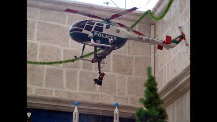 Nacimiento navideño arequipeño con Urresti y el Chavo de 8