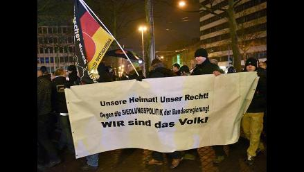 Miles de alemanes se manifiestan contra la islamización de occidente