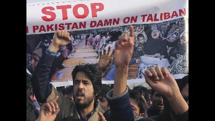 Pakistán ejecutará a 550 terroristas y ampliará ofensiva contra talibanes