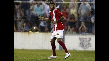 Neymar convirtió un golazo en partido benéfico en Brasil