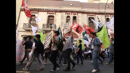 Ley Jóvenes: Así informó la prensa internacional sobre la marcha