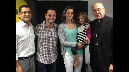 Cardenal Cipriani habla con matrimonio joven sobre desafíos de la familia