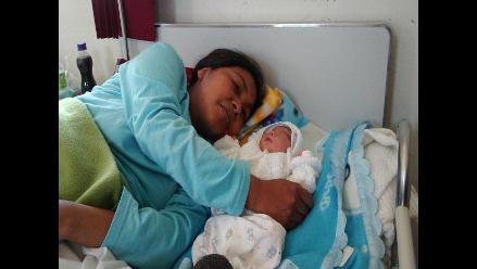 Arequipa: nacen cuatro niños durante primeras horas de la Navidad