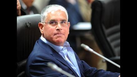 Caso López Meneses: prevén informe alterno para antes de legislatura