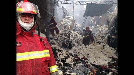 Confirman el deceso de dos niños en incendio en la avenida Aviación