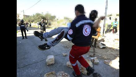 Adolescente palestino muere por fuego israelí en Cisjordania