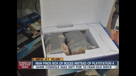 EEUU: Compra una PlayStation 4 pero adentro encuentra bolsas de rocas