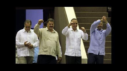 Agentes cubanos liberados quieren visitar tumba de Hugo Chávez