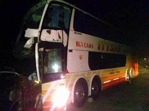 Chimbote: un muerto y 30 heridos dejó choque entre bus y camión
