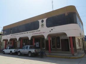 Chiclayo: realizan protesta para impedir ingreso de empleados a municipio