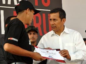 Ollanta Humala pide a jóvenes dar el beneficio de la duda a nuevo régimen