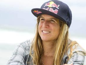Sofía Mulanovich y el proyecto con niños por el futuro del surf peruano